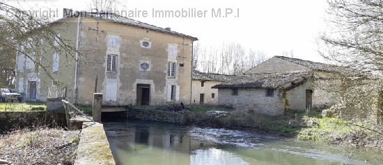 vente maison BRIEUIL-SUR-CHIZE  4 pieces, 150m